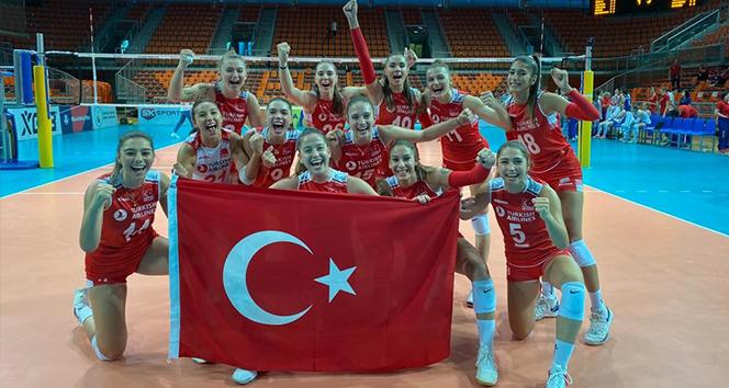 Ay-Yıldızlı kızlar, Avrupa Şampiyonası'nda finalde
