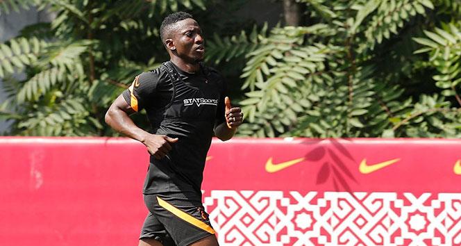 Galatasaray'ın yeni transferi Etebo takımla çalıştı