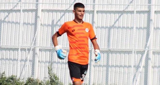 Konyaspor'un U19 takımı kalecisi hayatını kaybetti