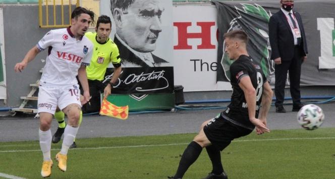 Trabzonspor, Denizlispor deplasmanından 1 puanla döndü