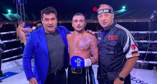 Ukraynalı boksörün 8 maçlık serisini Volkan Gökçek bitirdi
