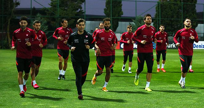 A Milliler, Sırbistan maçı hazırlıklarına başladı