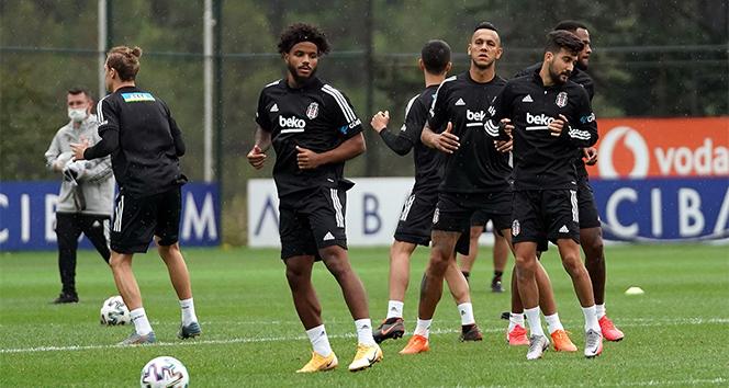 Beşiktaş'ta hazırlıklar kaldığı yerden devam etti