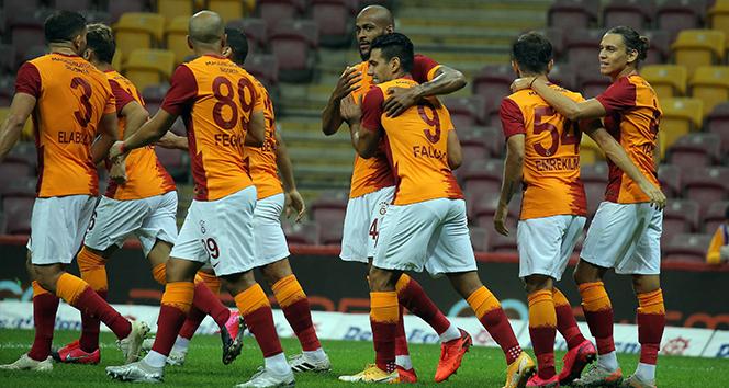 Galatasaray'da 6 değişiklik