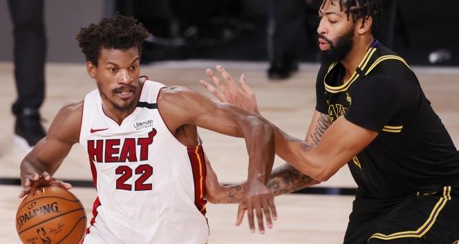 NBA finalinde Miami devam dedi