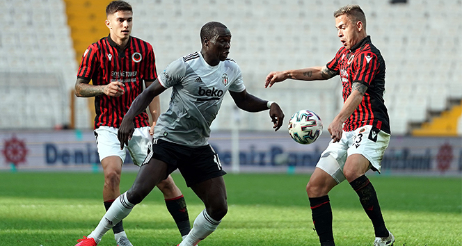 ÖZET İZLE: Beşiktaş 0 - 1 Gençlerbirliği Maç Özeti İzle  BJK Gençlerbirliği Kaç Kaç Bitti