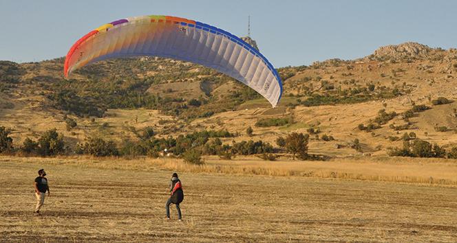 Şırnak'ta yamaç paraşütünde final heyecanı başladı