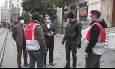 İstiklal Caddesi'nde genç kadının yaptığını gören şaştı kaldı!