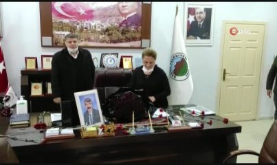 Belediye personeli, kalp krizi sonucu hayatını kaybeden başkanlarını andı