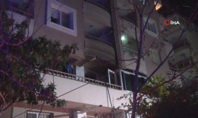 İzmir'de bir apartmanda korkutan yangın