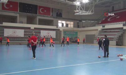 Kastamonu Belediyespor, Lada maçı için Rusya'ya hareket etti
