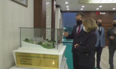 Kültür ve Turizm Bakan Yrd. Özgül Özkan Yavuz Hakkari'de