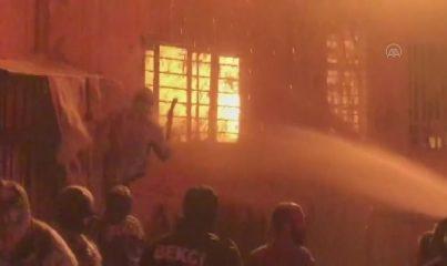 KAHRAMANMARAŞ - Ev yangınında yaşlı çift yaralandı