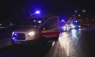 KAYSERİ - Servis minibüsü ile otomobil çarpıştı: 5 yaralı
