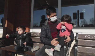 KONYA - Yunanistan'ın zorla bota bindirip Türkiye'ye geri ittiği Afganlar, Türk Devleti'ne minnettar