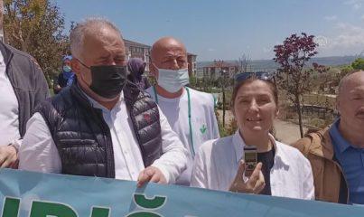 İSTANBUL - AK Parti İstanbul İl Başkanlığı ve Çatalca İlçe Başkanlığı üyeleri, Dünya Çevre Günü yürüyüşü yaptı