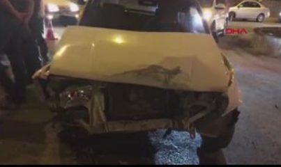 Kahta'da otomobil ile hafif ticari araç çarpıştı 5 yaralı