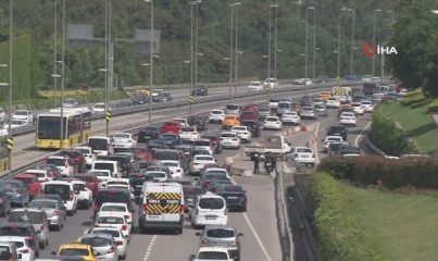 Kısıtlamasız ilk Cumartesi günü trafik yoğunluğu