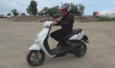 Trabzonlu Ramazan, Kenan Sofuoğlu'nun hediye ettiği motosikletle onun yolunda ilerliyor