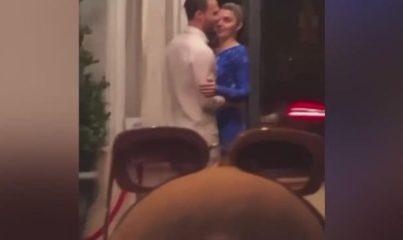 Hande Erçel ve Kerem Bürsin dudak dudağa